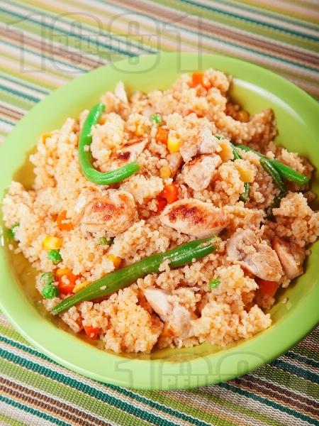 Кус кус с пиле и зеленчуци - снимка на рецептата